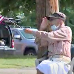 Dying WWII Vet Greets People Daily with American Flag: 'This is What I Fought For'