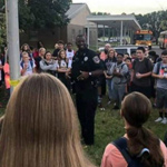 School Resource Officer Prays for Students: 'Time for America to Turn Back to God'