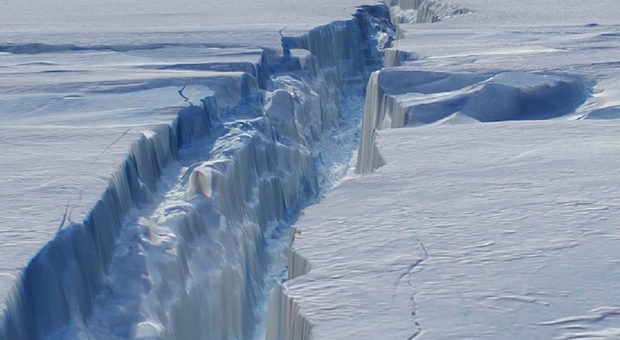 Scientists Discover 'Lost Continents' Beneath Antarctica Ice With Dead Satellite