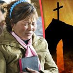 China: Government 'Forcing Christians to Denounce Their Faith'