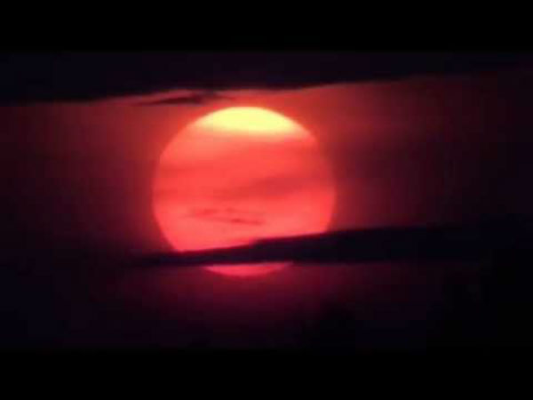 Nibiru Captured For 1st Time On Camera Behind The Blood Moon