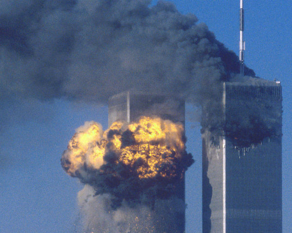 Ex-CIA Pilot Gives Sworn Testimony That No Planes Hit The Twin Towers
