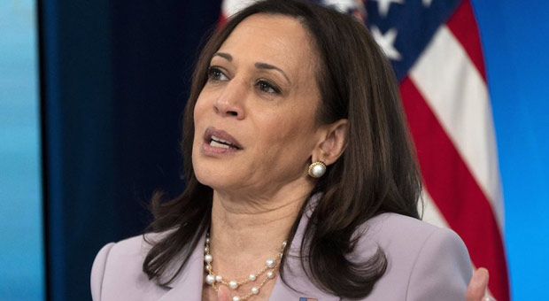 Unlikeable Kuh-Mall-Uh Harris Finally Decides to Head to Border Just over a Week after Trump Announced Visit