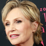 Jane Lynch Demands Trump Coronavirus Briefings Taken Off Air: 'Please, Please'