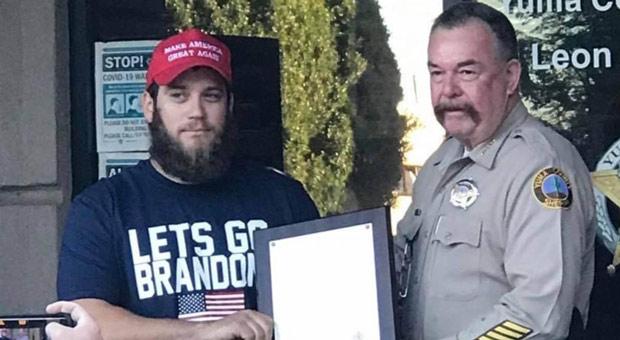 Marine Who Stopped Robbery Receives Valor Award, Wears 'Let's Go Brandon' T-Shirt