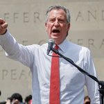 NY Mayor De Blasio Booed Off Stage During George Floyd Rally - WATCH