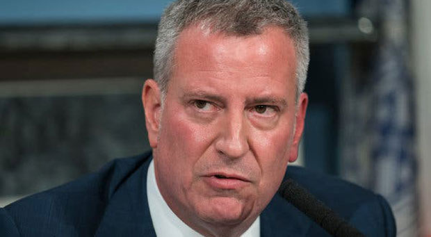 De Blasio Threatens to Sue Trump if He Tries to Stop Soaring Violence in New York