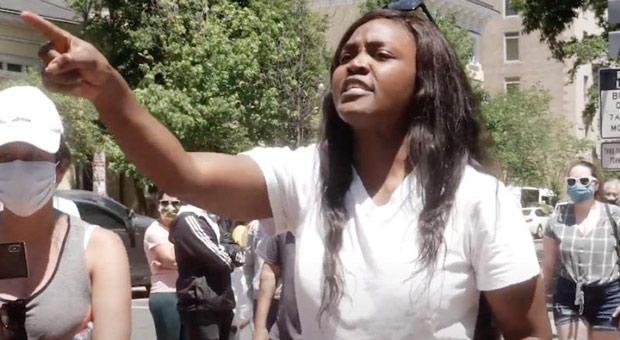 nestride yumga slammed black lives matter protesters as  a joke
