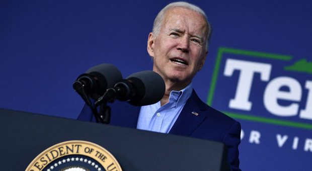 Biden Heckled at Virginia Rally, Hardly Any Supporters Show Up - WATCH