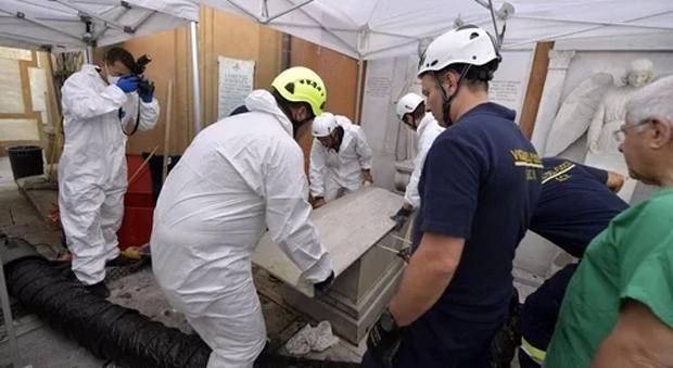 Search For Missing Teen Leads to Discovery of 'Mass Grave' Beneath The Vatican