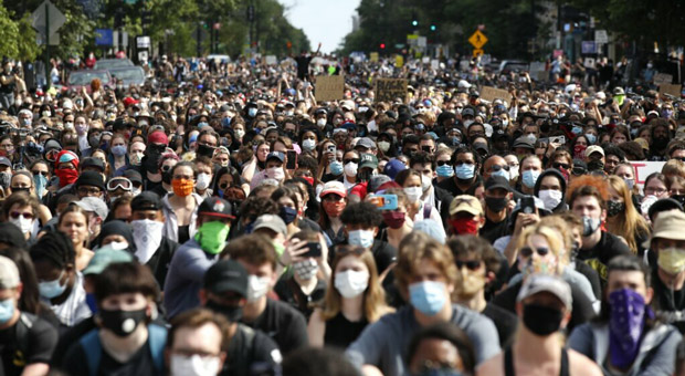 Several Cities Admit Black Lives Matter Protests May Have Triggered COVID-19 Spike