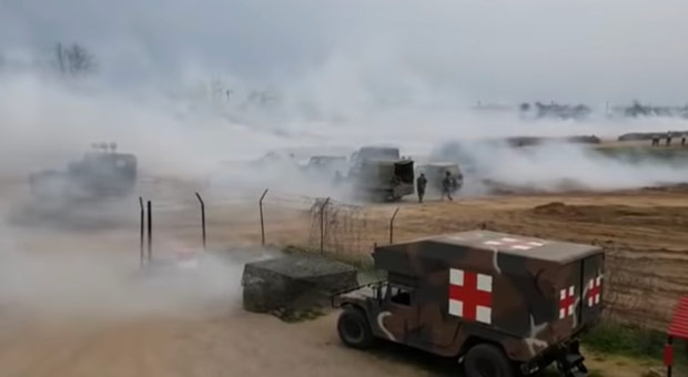 scenes from the greece turkey border resemble a world war i battle as greeks defend europe s frontier