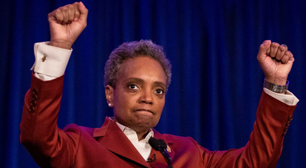 mayor lori lightfoot can now add chicago s deadliest month to her list of achievements
