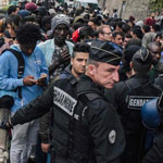 Paris Residents Feel 'Abandoned' by Police as Migrant Crime Soars