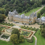 news thumbnail for Rothschild Mansion Raided in  1 Million Jewelry Heist