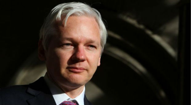 assange records framed police