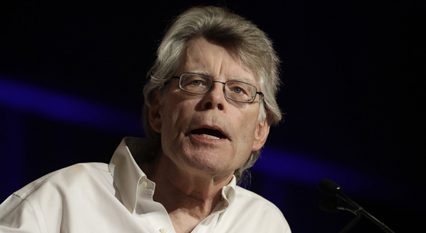 Stephen King: 'Trump is a Vile, Racist, and Incompetent Bag of Guts'