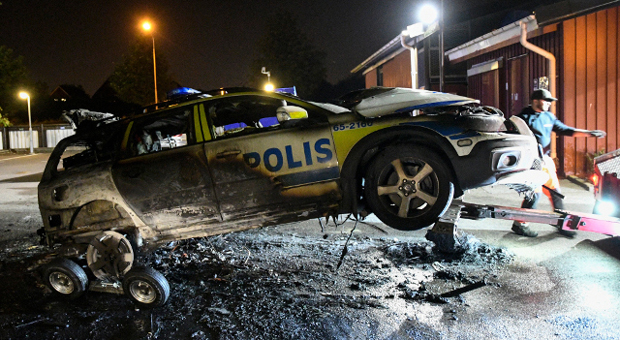 Police In Sweden's 'No Go Zones' Say Criminals 'Laugh At Our Laws'