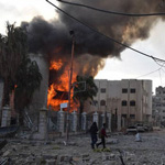 Syrian Jets Launch Airstrikes as UN Truce Vote is Postponed