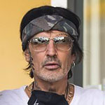 Tommy Lee Threatens to Leave America if Trump Wins: Americans Are 'Embarrassing'