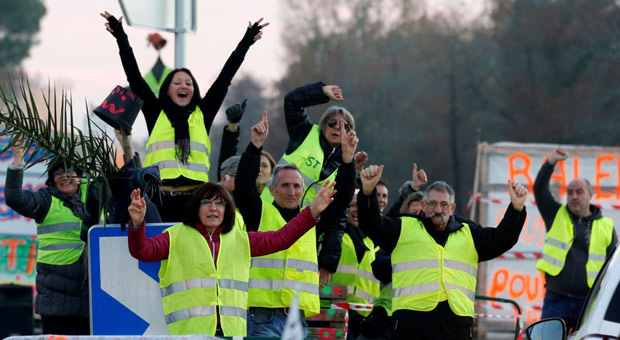 the majority of the yellow vests are hard working  everyday citizens who feel they are negatively affected by macron s globalist policies